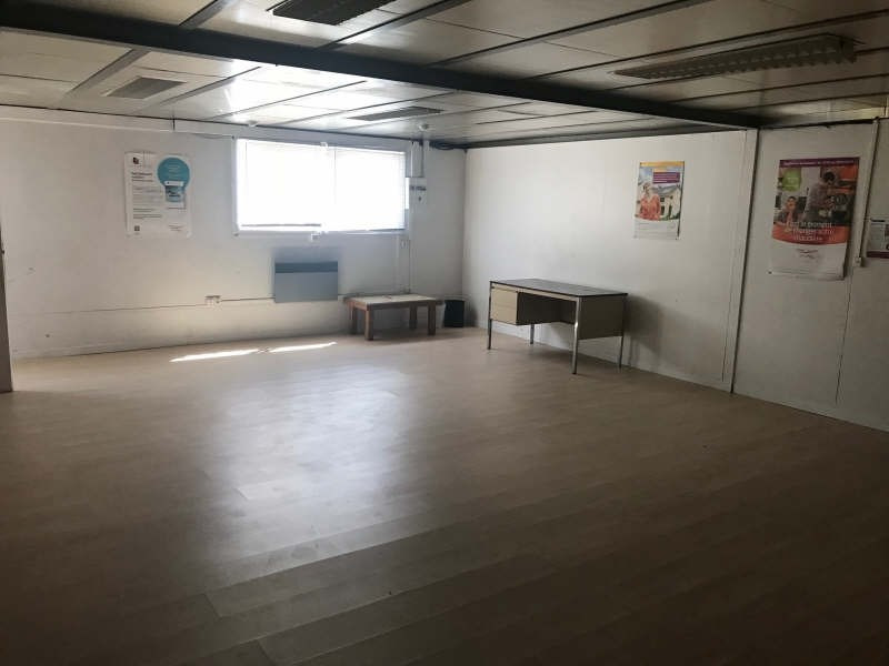 Location local commercial Bieville beuville 1 200€ HT/HC - Photo 6