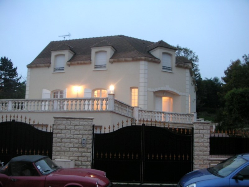 Location maison / villa Orgeval 3500€ CC - Photo 2