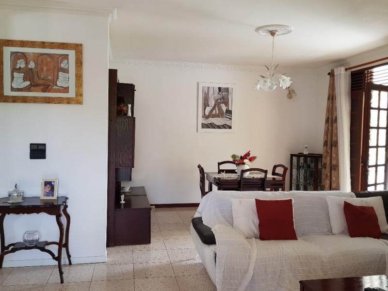 Sale house / villa Ste anne 398000€ - Picture 4