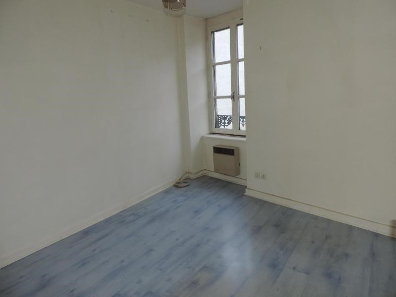 Location appartement Amplepuis 390€ CC - Photo 4