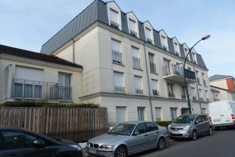 Sale apartment Le raincy 209 000€ - Picture 1