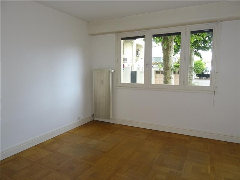 Location appartement Roanne 605€ CC - Photo 4