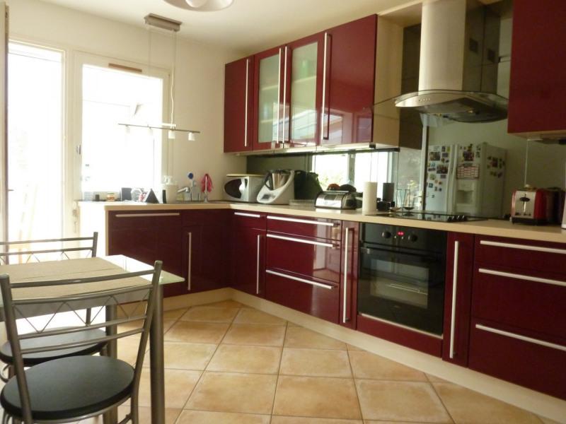 Sale house / villa Courcouronnes 330000€ - Picture 2