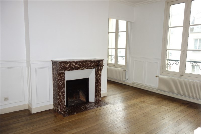 Rental apartment Versailles 1 485€ CC - Picture 1