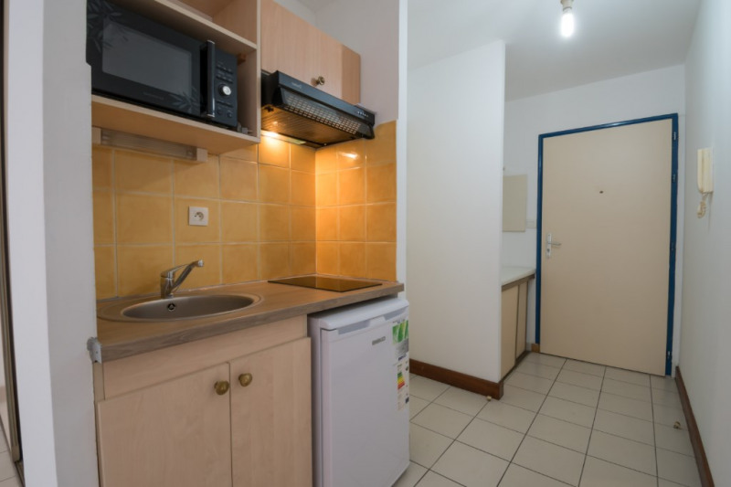 Rental apartment Saint denis 495€ CC - Picture 2