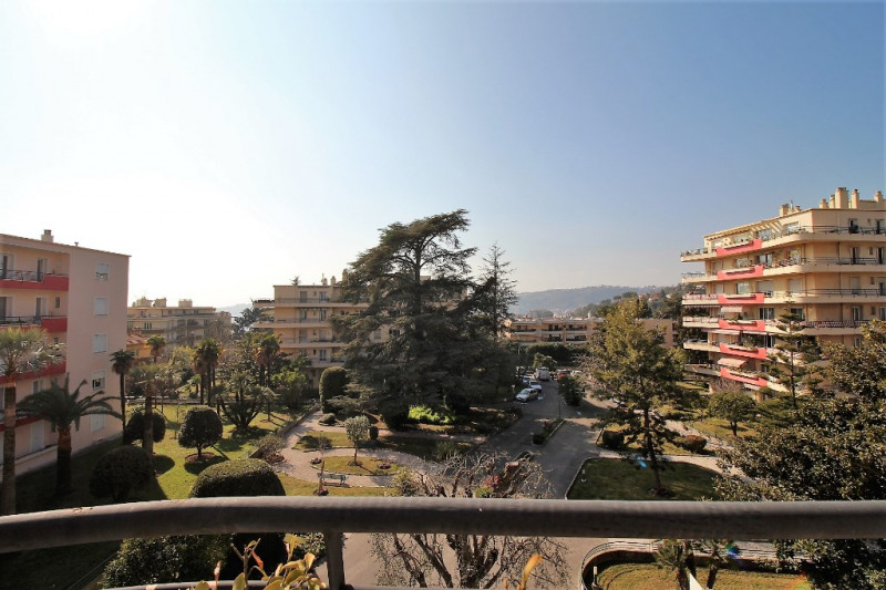 Deluxe sale apartment Nice 635000€ - Picture 1