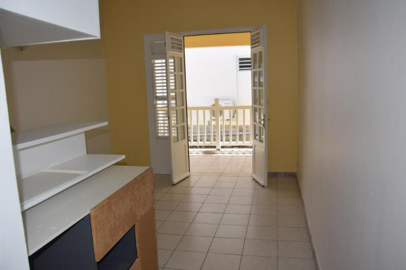 Sale apartment Le marin 69 500€ - Picture 2