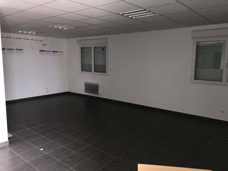 Location local commercial Bourguebus 1 300€ HT/HC - Photo 3