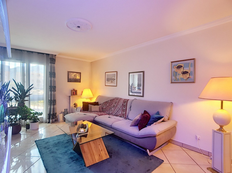 Sale apartment Meylan 325 000€ - Picture 3