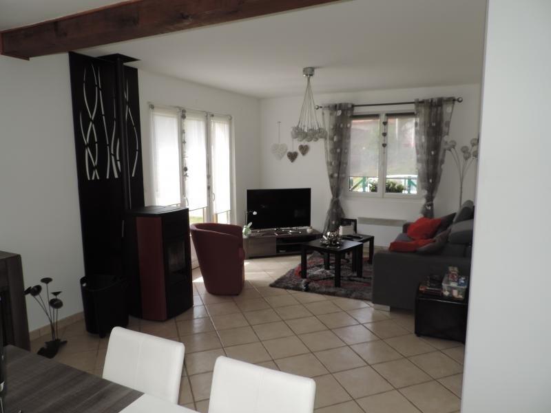 Sale house / villa Le titre 185000€ - Picture 3