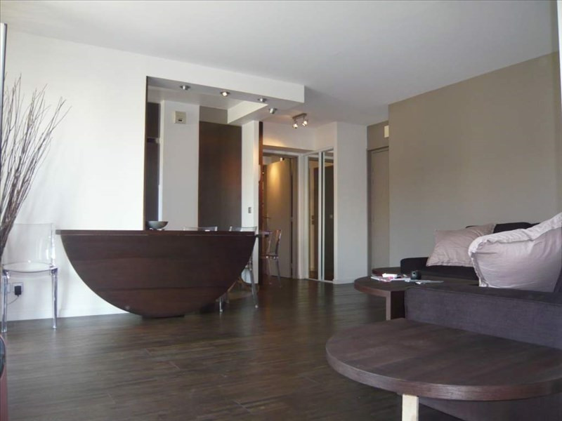 Rental apartment Levallois 2 050€ CC - Picture 1