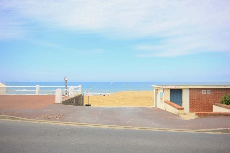 Deluxe sale house / villa Villers sur mer 682500€ - Picture 2