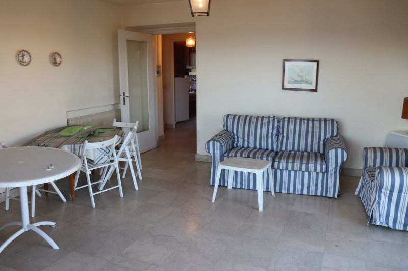 Sale apartment Le lavandou 395 000€ - Picture 3