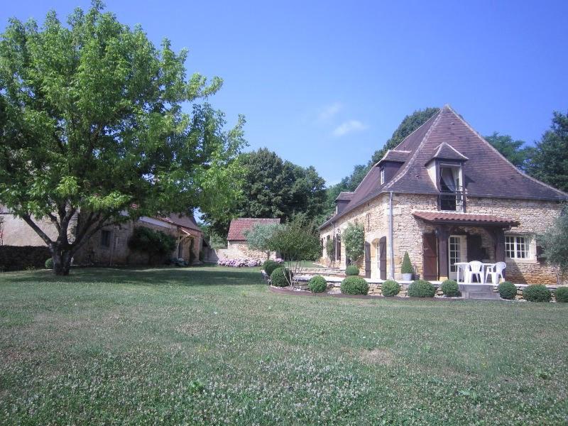 Sale house / villa Saint-cirq 357000€ - Picture 2