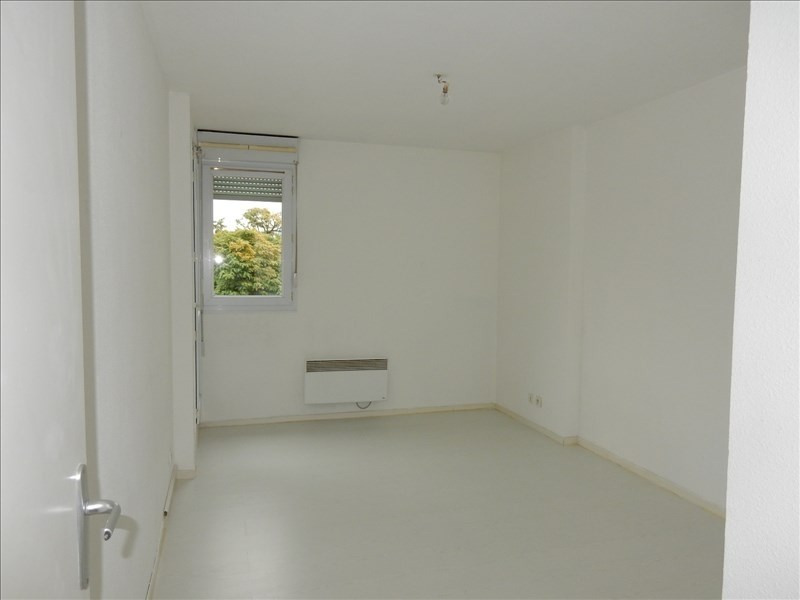 Sale apartment Fontaine 85 000€ - Picture 4