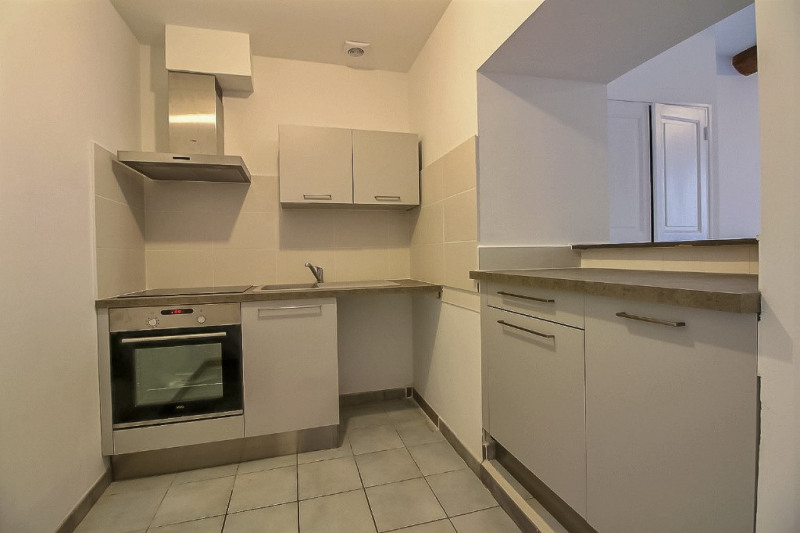 Location appartement Beaucaire 690€ CC - Photo 2
