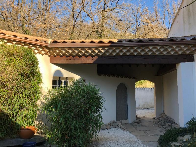 Deluxe sale house / villa Eguilles 1100000€ - Picture 1