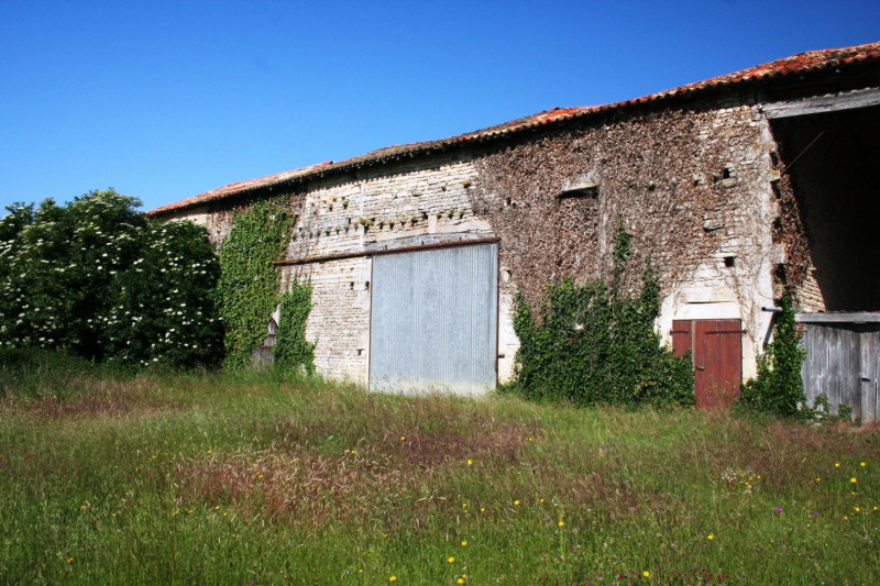Vente maison / villa Chef-boutonne 60500€ - Photo 11