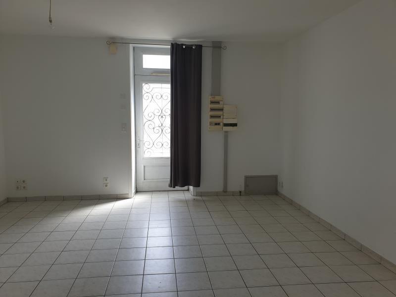 Rental house / villa La ferriere 620€ CC - Picture 1
