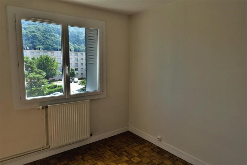 Location appartement St martin d'heres 570€ CC - Photo 1