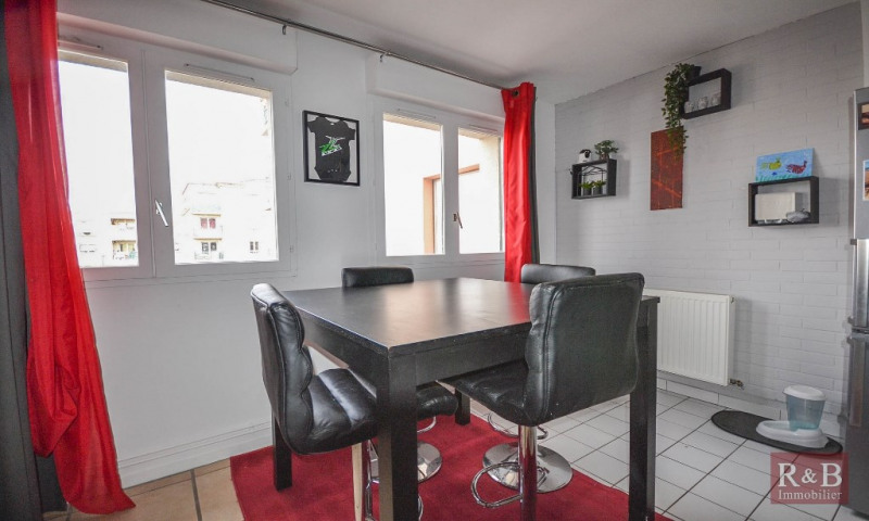 Sale apartment Plaisir 205 000€ - Picture 4