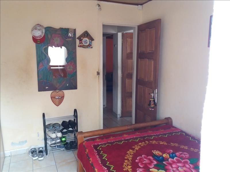 Sale house / villa La possession 275000€ - Picture 8