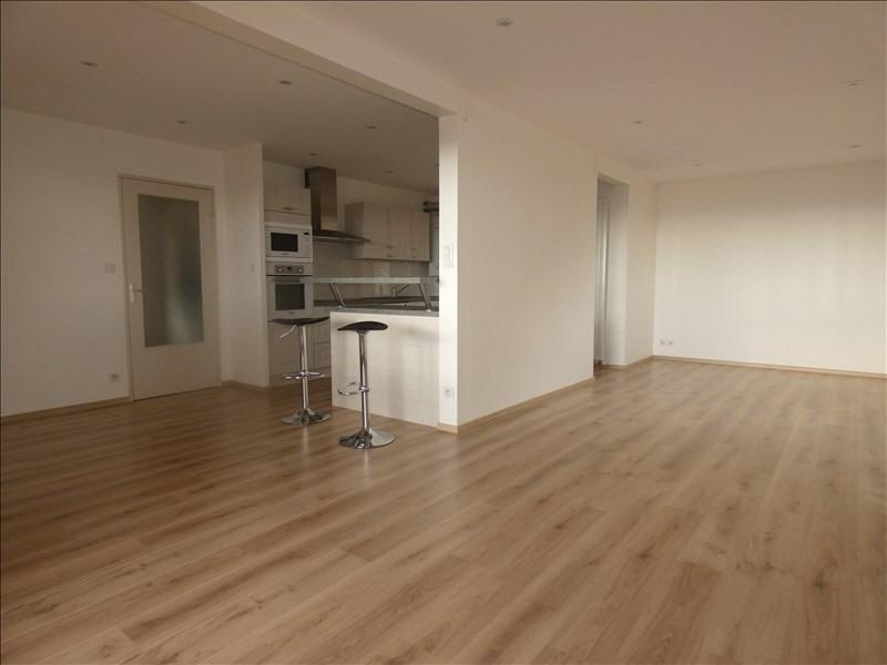 Rental apartment Le teil 710€ CC - Picture 3