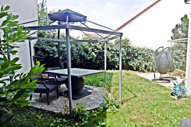 Vente maison / villa Noisy le grand 550000€ - Photo 8