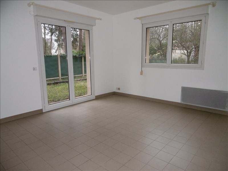 Rental apartment Bures sur yvette 899€ CC - Picture 2