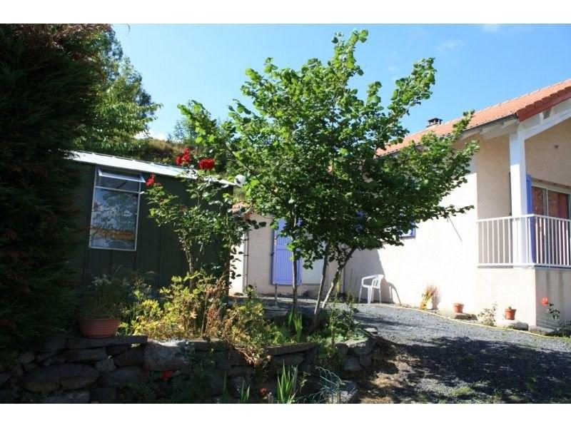 Sale house / villa Presailles 110000€ - Picture 2