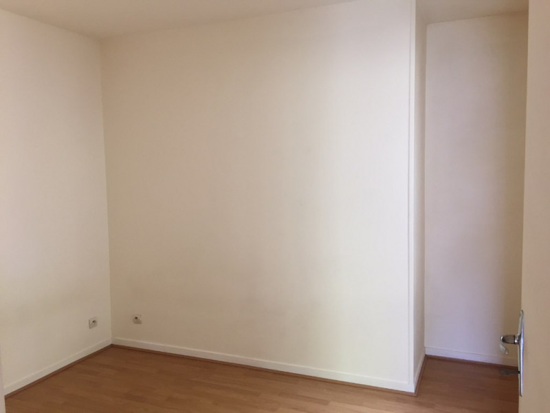 Rental apartment Buc 850€ CC - Picture 4