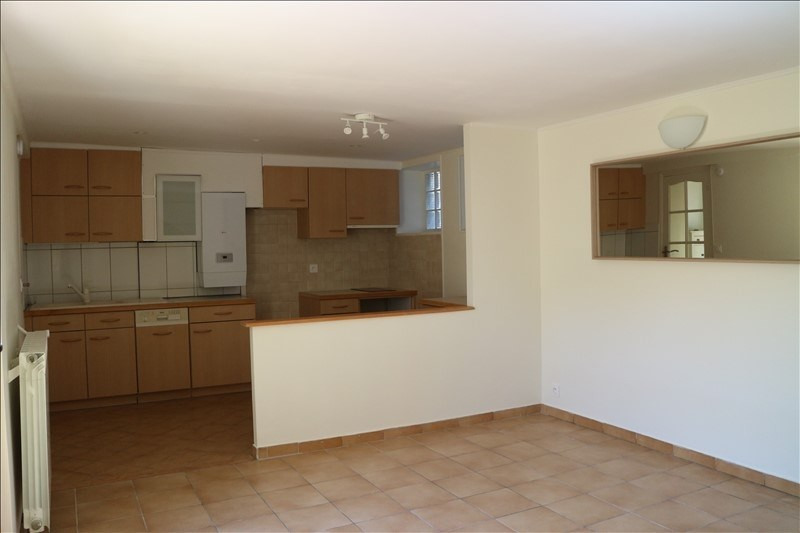 Rental house / villa Fontainebleau 795€ CC - Picture 2
