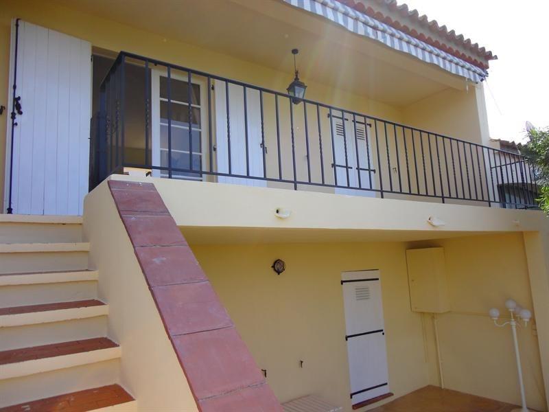 Location vacances maison / villa Les issambres 610€ - Photo 13