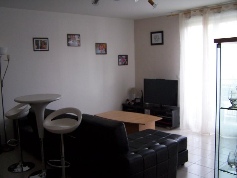 Rental apartment Montlhery 890€ CC - Picture 2