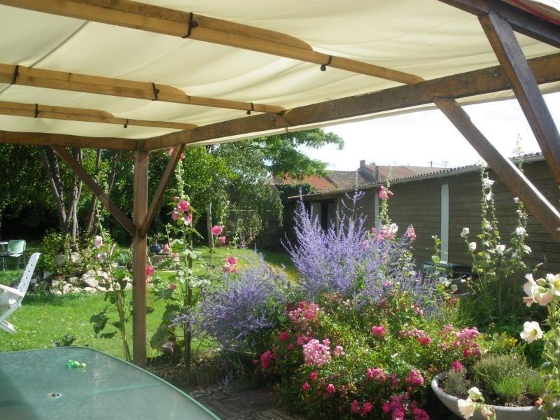 Vente de prestige maison / villa Rochefort 561600€ - Photo 2