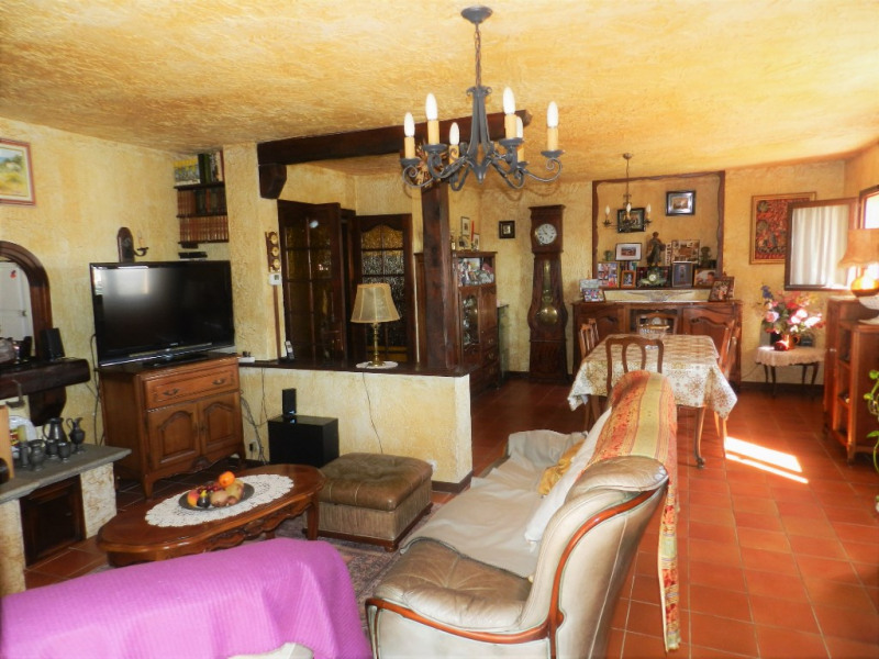 Vente maison / villa Saint laurent du var 510 000€ - Photo 4