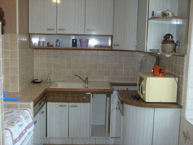 Sale house / villa Plozevet 141210€ - Picture 6