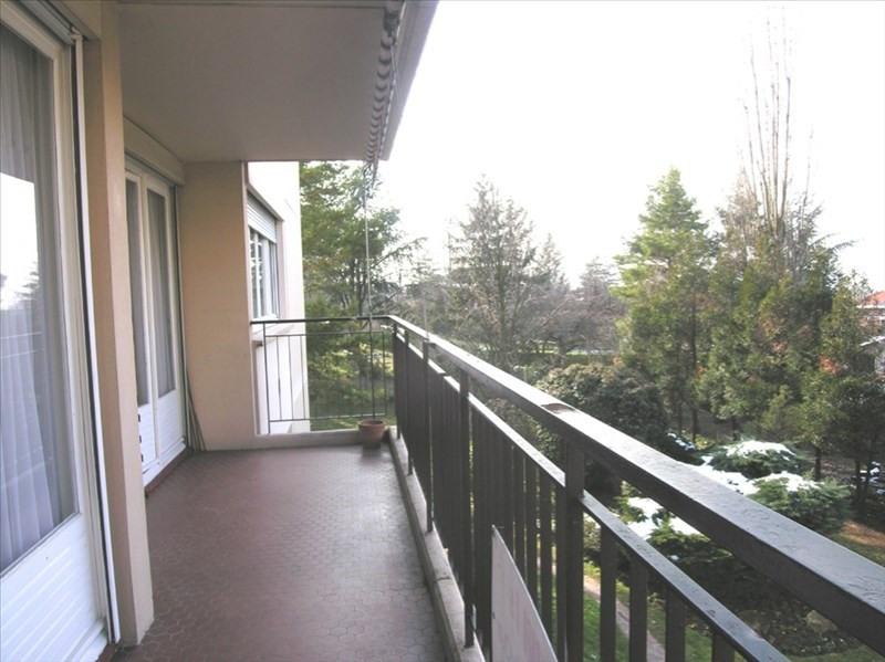 Rental apartment Ste foy les lyon 1135€ CC - Picture 3