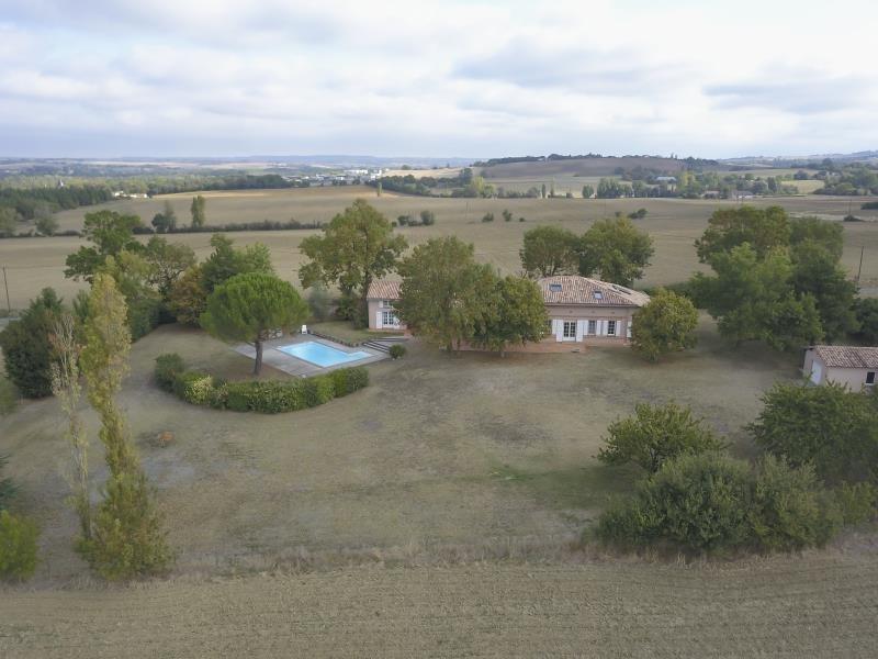 Deluxe sale house / villa L isle jourdain 598000€ - Picture 2