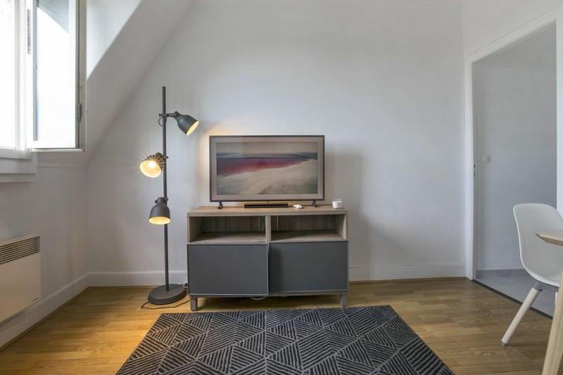 Rental apartment Paris 17ème 1600€ CC - Picture 3