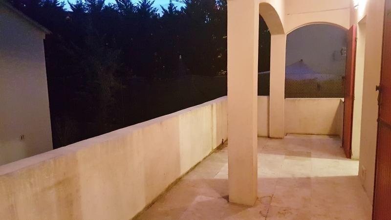 Location maison / villa Salon de provence 1200€ CC - Photo 3