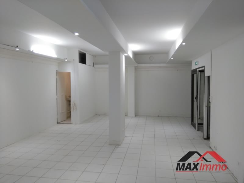 Location local commercial St denis 1 050€ HT/HC - Photo 2