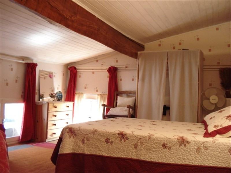 Sale house / villa St julien beychevelle 238500€ - Picture 8