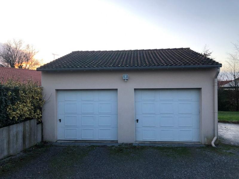 Sale house / villa Jallais 190380€ - Picture 8