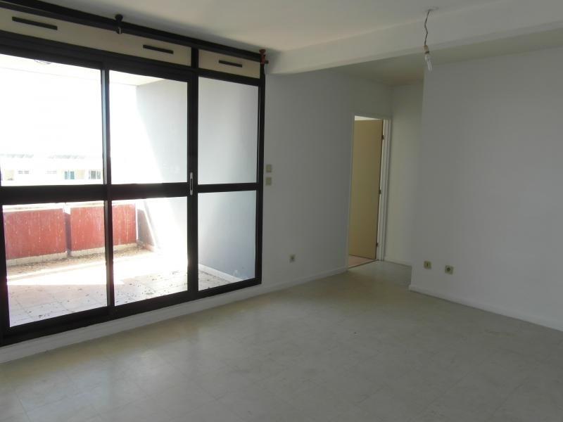 Sale apartment St denis 50140€ - Picture 3