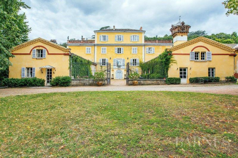 Deluxe sale house / villa Saint-genis-laval 1900000€ - Picture 1