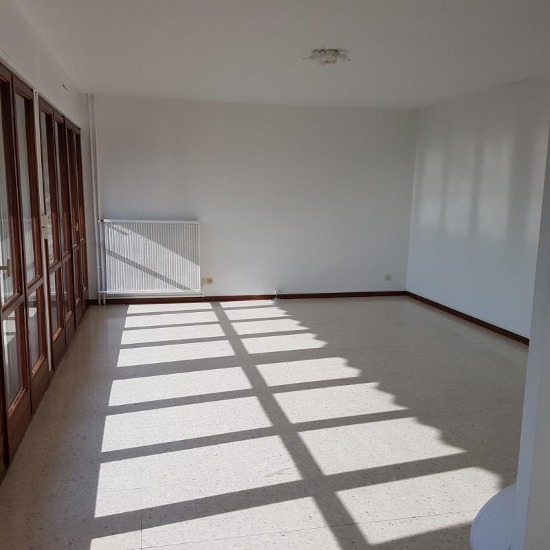 Rental apartment Aix-en-provence 1180€ CC - Picture 1