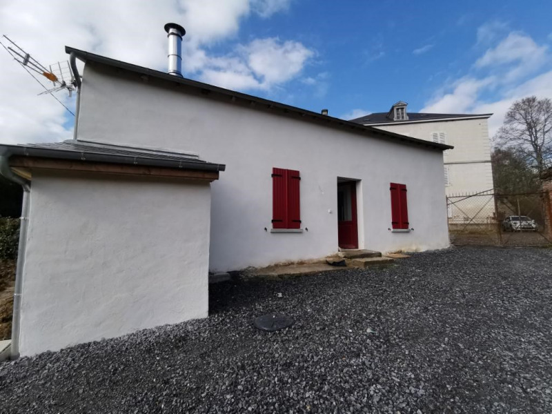 Location maison / villa Gan 680€ CC - Photo 5