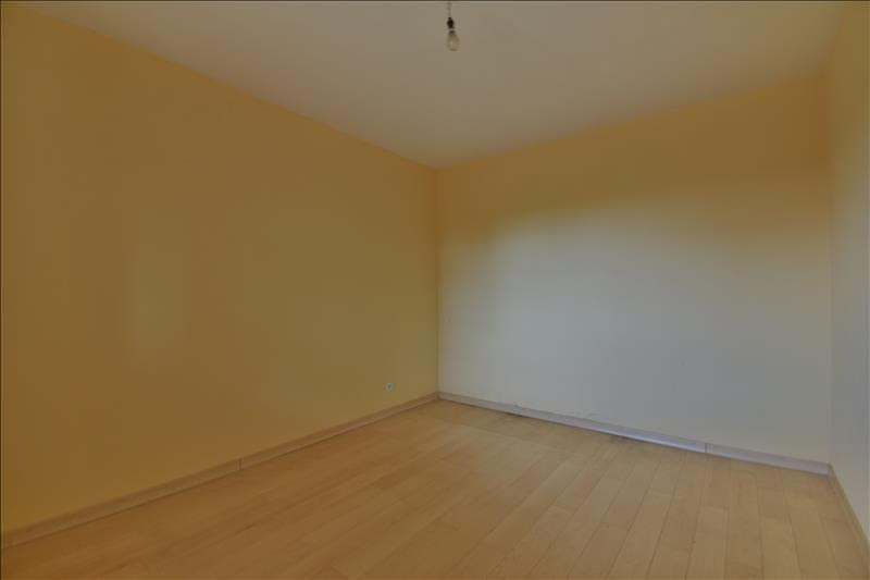 Sale apartment Bizanos 84000€ - Picture 3