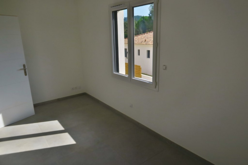 Vente maison / villa Ventabren 367500€ - Photo 6